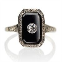 reminds of my new ring, but i want to replace the pearl with diamond!! onyx and diamond