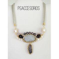 Handmade #pgaccesorios #chapadeoro #goldplated #collar #necklace #handmadejewelry #handmade #hechoamano #hechoenmexico #amatista #perlas #granate #piedrasnaturales