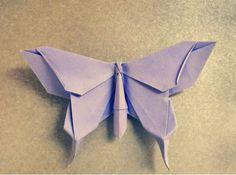 Yoshizawa Akira (1911-2005) ~ Entre papeles: mariposa