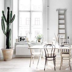 kitchen and dinig area #estliving #estdesigndictionary @estliving @estemag