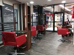 Salon de coiffure mobilier Gouiran