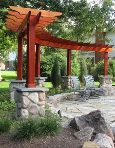 Would you like to have a beautiful pergola built in your backyard? You may have a lot of extra space available for something like this, but you'll need to focus on checking out different pergola plans before you have anything installed. Curved Pergola, Small Pergola, Pergola Attached To House, Outdoor Pergola, Wooden Pergola, Backyard Pergola, Fire Pit Backyard, Backyard Landscaping, Landscaping Ideas