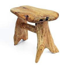 Natural live edge wood side tables and coffee tables by JKWOODSstore Log Furniture, Etsy Furniture, Reclaimed Wood Benches, Outdoor Stools, Diy Rustic Decor, Wood Source, Old Chairs, Resin Table, Wood Species