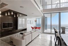8 Outstanding Miami Waterfront Home Interior Designs | Zillow ...