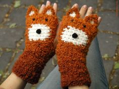 FOX FINGERLESS GLOVES Chunky Free Shipping Worldwide by Pomber, $39.99