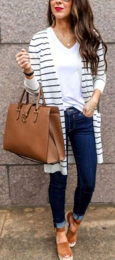 Basic Tee and Cardigan Style. The post Easy Spring Casual Outfit appeared first on Casual Outfits. Cardigan Style, Cardigan Fashion, Denim Fashion, Womens Fashion, Ladies Fashion, Fashion Photo, Fashion Top, Fashion Ideas, Fashion Styles