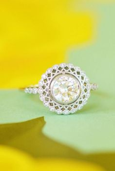Our stunning Alvadora engagement ring is the perfect mix of old and new.