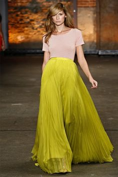 Pleated maxi from Christian Siriano's Spring 2012 Collection ... One of my favorite collections of the season! <3