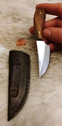 Cuchillo Scatch Medio - un cuchillo fijo para desollar