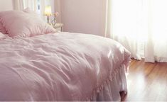 Could I get away with a pink comforter? I don't think so :) Darn! Good thing I have two little girls!!