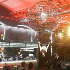 Entertainment is served! Loving @elmamabarcelona, Barcelona's latest edition!