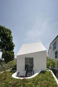 Park House in Singapore by Formwerkz Architects