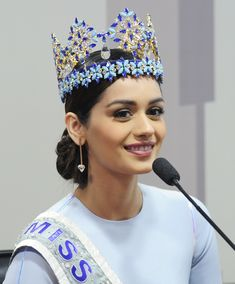 Manushi Chhillar Miss Monde 2017 Inde Megan Young, Miss Monde, Costume Noir, Rides Front, Miss India, Beauty Contest, Cute Baby Pictures, Miss World, Beauty Pageant