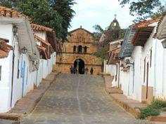 Barichara, wunderschönes Dorf in der Nähe von San Gil. Tipp: Die umliegenden Dörfer sind zwar nicht so bekannt aber ebenfalls unbedingt sehenswert. Weitere Tipps zu Kolumbien auf www.experiencescolombia.com