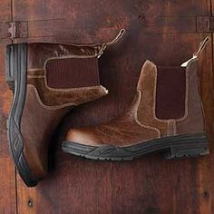 The Solstice Paddock Boot has a rugged, chunky outsole that offers great traction in winter's worst weather. These boots look great with jeans or paired with your half chaps for a warm winter ride.