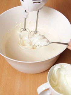 Jak upiec IDEALNY BISZKOPT? Kobieceinspiracje.pl 3 Ingredient Chicken, Chicken Marinades, 3 Ingredients, Icing, Cake, Desserts, Grilling, Food, Kitchens