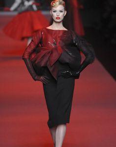 Christian Dior : Haute couture Printemps été 2011.