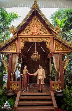 The super century wedding of Sokan & Leakhena Laos Wedding, Khmer Wedding, Wedding Ceremony, Cambodian Wedding Dress, Thai Wedding Dress, Wedding Dresses, Traditional Wedding, Traditional Outfits, Thai Dress