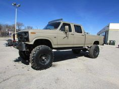 jacked up chevy trucks pictures Jacked Up Chevy, Lifted Chevy Trucks, Ford Pickup Trucks, 4x4 Trucks, Cool Trucks, Lifted Dually, Dodge Pickup, Ford Diesel, Diesel Trucks