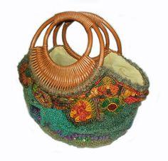 Summer Harvest OOAK Freeform Crochet Bag ♥ by rensfibreart on Etsy Freeform Crochet, Irish Crochet, Felt Clutch, Crochet Shoulder Bags, Crochet Purses, Crochet Bags, Fibre, Custom Bags, Handmade Bags
