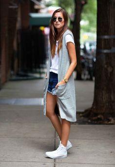 look short jeans colete longo street style