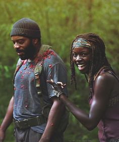 Michonne and Tyreese // The Walking Dead //Behind the Scenes .jpg (500×600)