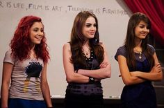 Victorious - Publicity still of Ariana Grande, Victoria Justice & Elizabeth Gillies. The image measures 3000 * 1852 pixels and was added on 3 April Victorious Episodes, Victorious Nickelodeon, Icarly And Victorious, Ariana Grande Cat, Ariana Grande Fotos, Ariana Grande Pictures, Tori Vega, Jade And Beck, Liz Gilles