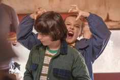 ~Hey Gorgeous~ Millie Bobby Brown (Eleven) and Finn Wolfhard (Mike Wheeler) - Behind the Scenes of Stranger Things