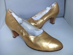 Gold kid 1930's evening shoes