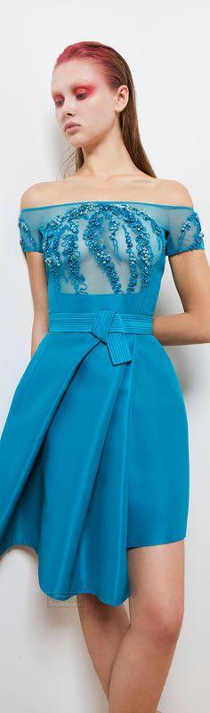 Basil Soda Spring-summer 2015. http://www.flip-zone.com/fashion/ready-to-wear/independant-designers/basil-soda-5149