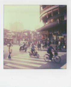 Polaroid Instax, Impossible Project, Polaroids, Rage, Vintage Photos, Artsy, Street View, Film, Retro