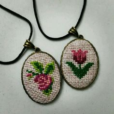 Red rose cross stitch necklace Cross stitch by TriccotraShop Tiny Cross Stitch, Free Cross Stitch Charts, Cross Stitch Alphabet, Hand Embroidery Flowers, Diy Embroidery, Cross Stitch Embroidery, Modern Cross Stitch Patterns, Cross Stitching, Small Cross Stitch