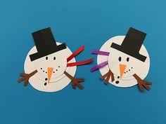 Låge nr 7 – Se op snemand (Vidunderlige Årstider) Christmas Crafts, Merry Christmas, Xmas Decorations, Cool Kids, Diy And Crafts, Have Fun, Kindergarten, Clock, Creative