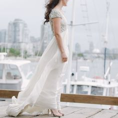 cool vancouver wedding I love everything about this photo, including the 90km/h windstorm. #ATPstory #weddingphotography #wedding #bride #granvilleisland by @amyteixeira  #vancouverwedding #vancouverwedding