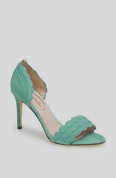 Sarah-Jessica-Parker-Shoe-Collection.  Super cute on!