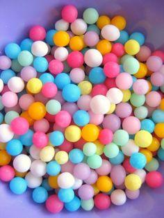 Bubble gum? Cake sprinkles? Beads?