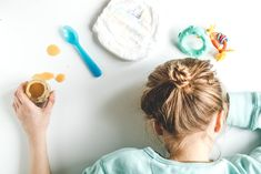 It can get busy in the world of motherhood. In a home of chaos and little tykes, here are some tips that will help mothers find time in the day to receive personal revelation. Sibling Fighting, Come Unto Me, Conference Talks, Little Tykes, Heavenly Father, Lifehacks, Simple Way, Mom And Dad, No Time For Me