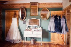 Getting ready inspiration Photography by Bio Photography Studios #weddings #barn #fashion