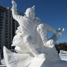 World's Most Amazing Snow Sculptures Snow Sculptures, Sculpture Art, Snow Castle, Ephemeral Art, Ice Art, I Love Snow, Great Works Of Art, Snow Art, Snow And Ice