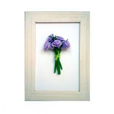 Cadre avec bouquet de roses miniatures en pâte Fimo de la boutique MiniatureRachel sur Etsy Miniatures, Miniture Things, Etsy, Frame, Boutique, Decor, Handmade Gifts, Unique Jewelry, Birthday