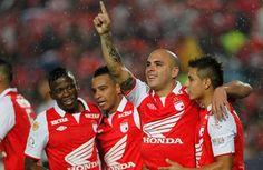 El equipo cardenal llegó a 28 puntos en la Liga y en la próxima fecha visitará a Deportivo Pasto. Fes, Honda, Instagram, Sport, Santa Fe, Lion, Sports, Friends, Display