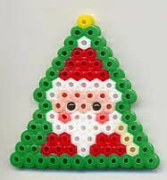 Weihnachtsbasteln How to Choose a Color When Painting Your Rooms Are you still thinking abo Perler Bead Designs, Hama Beads Design, Diy Perler Beads, Hama Beads Patterns, Perler Bead Art, Pearler Beads, Beading Patterns, Christmas Perler Beads, Iron Beads