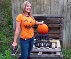 Lady Carves Pumpkin With Glock 19 | http://guncarrier.com/lady-carves-pumpkin-with-glock-19/