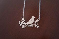 Colar pássaro em prata 950 - R$128.00