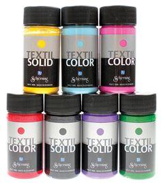 Sinellistä saat laadukkaat Textil Color- ja Textil Solid -kangasvärit vaaleille ja tummille kankaille. Valikoimistamme myös kimallevärit.