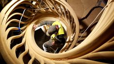 the crafsmen and artisans of #trabczynski in symbiosis with #stairstalk   @atmosstudio @lustedgreen @thesewhitewallsstudio   #woodcraft #LVL #laminatedveneerlumber #oak #grandesignstaircases #theworldneedsmorespiralstaircases #woodart #woodconstruction #workmanship #craft #artisans #poland #atmos