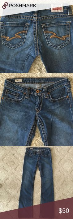 """Big Star Vintage Denim Casey Bootcut Jeans Awesome Vintage Denim Casey Bootcut jeans from Big Star. Great condition with some """"worn"""" look to the hem, being that they are the Vintage style. I posted a picture of the back of the hems. :) 25 Regular. Big Star Jeans Boot Cut"""
