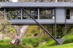 Pictures - Bridge House - Photo: Sam Noonan - Architizer