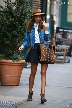 b18a831979366 Miranda Kerr Belles Femmes, Jupes, Miranda Kerr Style De Rue, New York  Street