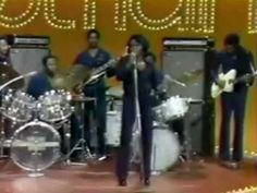 James Brown - Soul Train Hot Pants Get Up (I Feel Like A) Sex Machine 2:36 Get On The Good Foot 4:06 Soul Power 6:51 Make It Funky 9:53 Cold Sweat 11:07 Try Me 14:22 Please Please, Please 17:21 Say It Loud I'm Black and I'm Proud 17:57 Super Bad 23:53 Papa Don't Take No Mess 26:18 My Thang 29:57 Hell 33:33 The Payback 35:57  Fred Wesley & the JB's  Damn Right, I Am Somebody 40:25 Artist